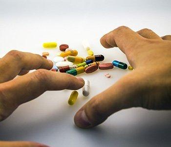 pills addiction help center